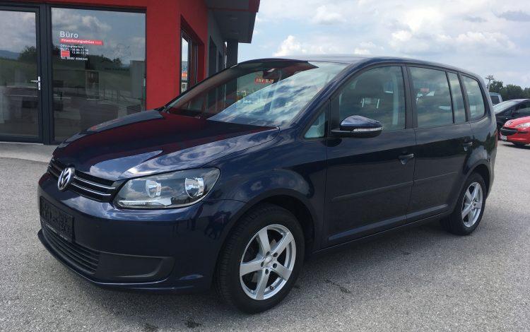 VW TOURAN 2011 021